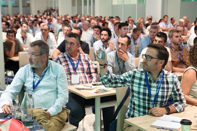 Gran éxito del Seminario Internacional de Aguacates de España
