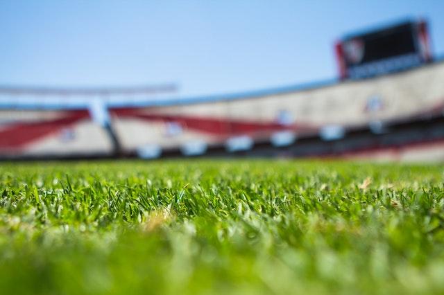 campo de futbol areas verdes