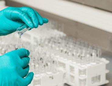 AGQ Labs en jornada de evaluación de riesgos